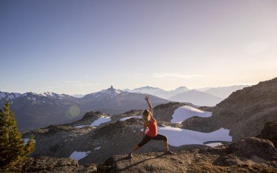 5 Yoga Stretches for Hikers