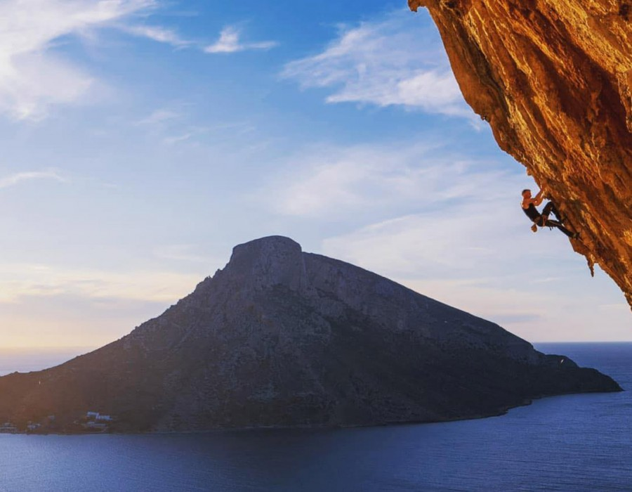 How to prevent common climbing injuries