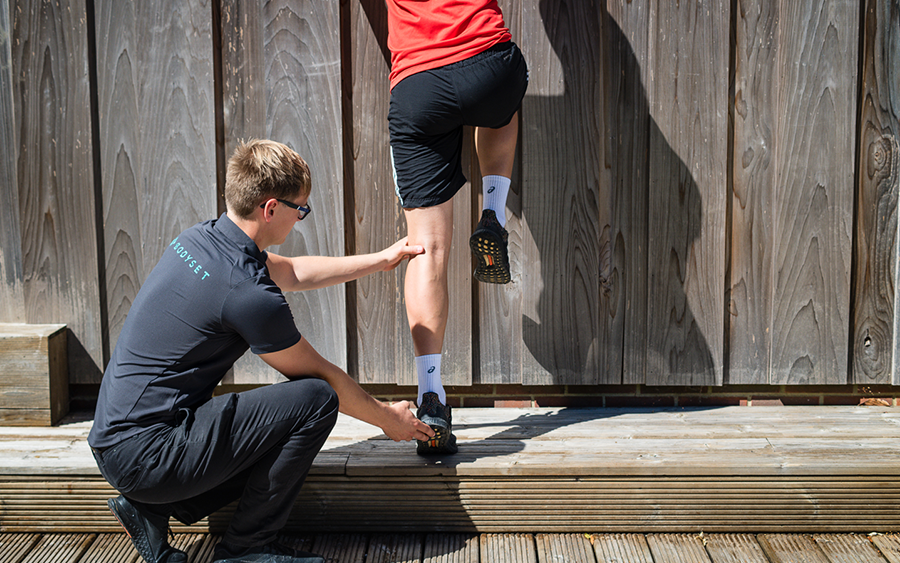 Physiotherapy Q&A: why do my joints crack?